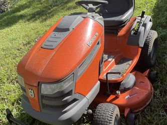 Husqvarna riding mower for Sale in Christmas,  FL