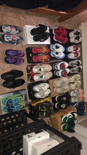 Jordan, off-white, Yeezy, Nike Lebron, Kobe, and Kd Basketball shoes for Sale in Peoria, IL
