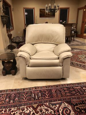 Leather recliner for Sale in Fairfax, VA