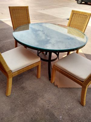 Quality patio furniture like New condition 350.00 OBO must go for Sale in Tampa, FL