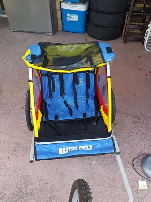 Inset bike trailer for Sale in Coral Springs, FL