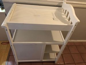 Baby Diaper Changing Table for Sale in West Palm Beach, FL