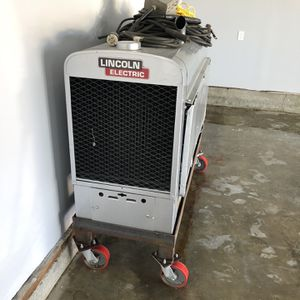 Lincoln Classic 300D Welding Machine for Sale in Paramount, CA