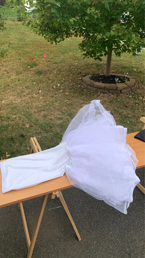 Wedding Dress Skirt for Sale in Triangle, VA