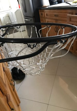 Basketball hoop for Sale in Los Nietos, CA