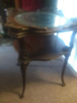Antique claw foot stand for Sale in Elmira, NY