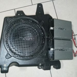 Complete Mach Audio Subwoofer & Amp System With Wiring for Sale in St. Petersburg, FL