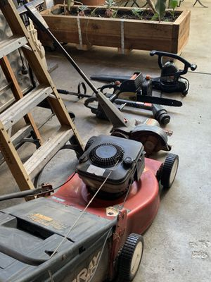 Garden Tools 7 Items all in Working Condition Gardener Set Lawnmower GAS, Electric Edger, Weed Wacker, Blower, Ladder, Lawn Edger , and 2 for Sale in West Covina, CA