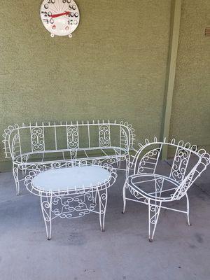 Antique vintage white wrought iron patio set for Sale in Sun City, AZ