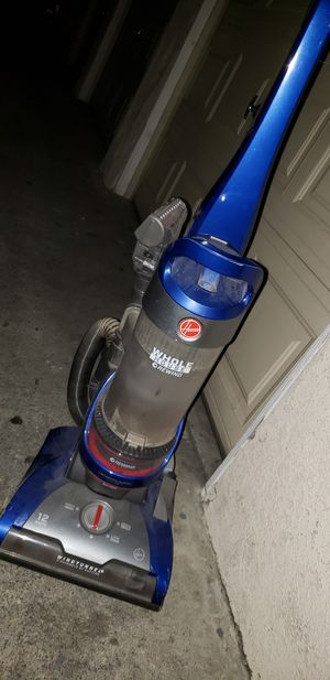 Hoover vacuum for Sale in Montclair, CA