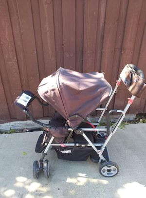 Joovy sit and stand double stroller for Sale in Dallas, TX