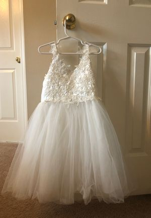 Girls dress size 6 - Flower girl dress for Sale in Clearwater, FL