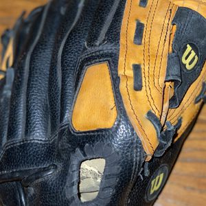 Wilson 11in baseball glove -autographed by Fernando Perez Rays 2008 for Sale in Clearwater, FL