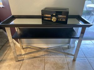 Metal chrome and black console entry table for Sale in Alafaya, FL