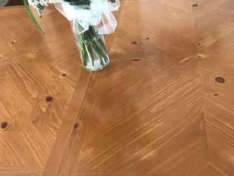 Dining Table With 6 Chairs And A Leaf $150.00 OBO for Sale in Mentor,  OH
