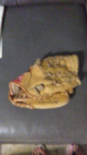 Vintage Ken Geoffrey Jr Rawlings 1990s leather baseball glove for Sale in Wichita, KS