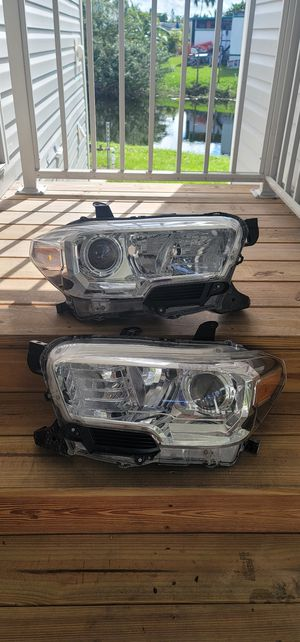 Toyota tacoma sr5 headlights for Sale in Fort Lauderdale, FL