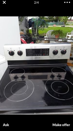Beautiful Stainless Steel Stove!!!! $125 for Sale in Opa-locka, FL