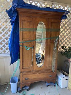 Antique Armoire for Sale in Vallejo,  CA