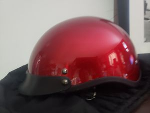 Motorcycle Adult small red helmet great condition for Sale in Las Vegas, NV
