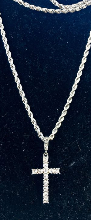 EXCLUSIVE CROSS 18K GOLD FULL DIAMONDS CZ NEW CHAIN MADE IN ITALY! Z for Sale in Miami, FL