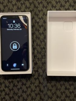 iPhone 11 64 Gig for Sale in Bonney Lake,  WA