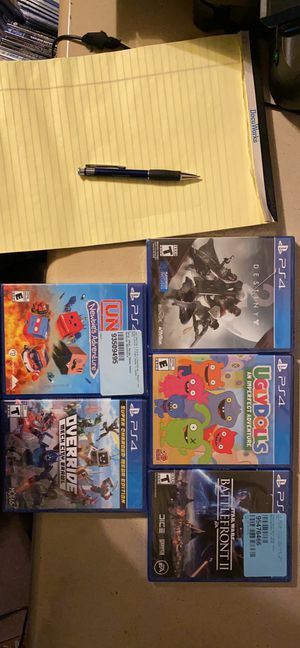 PS4 game bundle for Sale in Sunbury, PA