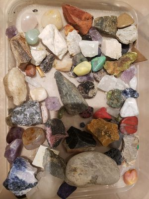 Box of rocks and crystal pieces for Sale in Lake Forest, CA