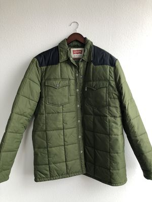 Levis Puffer Coat - Mens size XL for Sale in Dallas, TX