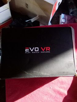 Selling VR Goggles For Phone And Switch Controller for Sale in Fresno,  CA