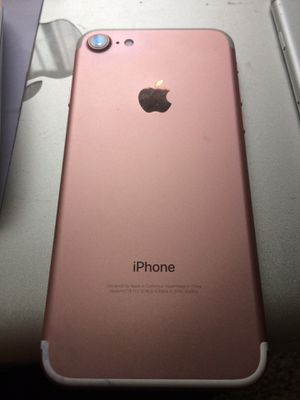 iPhone 7 Rose Unlocked 32gb for Sale in Riverside, CA