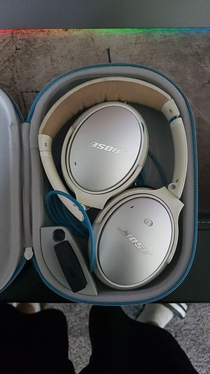 Bose QC25 for Sale in Fresno, CA