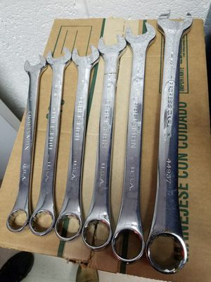 CRAFTSMAN STANDARD WRENCHES for Sale in Newark, NJ
