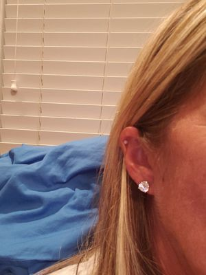 Brand new 4 caret diamond earrings for Sale in Concord, NC