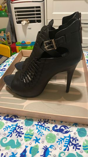 BCBG Nile leather heels for Sale in Los Angeles, CA