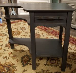 Vintage End Table for Sale in Goodyear, AZ