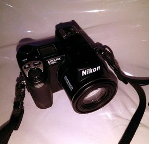 Nikon COOLPIX 5700 5.0MP Digital Camera - Black for Sale in Mount Sinai, NY