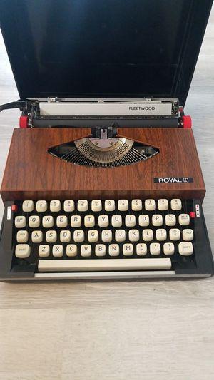 Royal Fleetwood Typewriter for Sale in Tampa, FL
