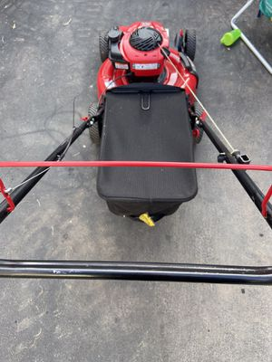 Troy bilt like new lawn mower for Sale in Philadelphia, PA