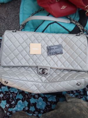 Authentic Chanel Bag Mint condition for Sale in Nashville, TN