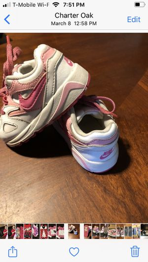 6c GIRLS NIKE SHOES for Sale in Covina, CA