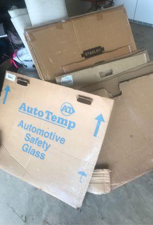 Auto glass door for free for Sale in Manassas, VA