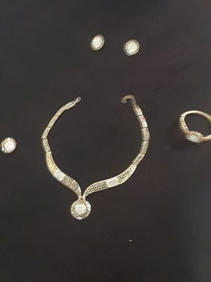 Sparkly Costume Jewelry*whole set* perfect for Halloween! for Sale in Cedar Falls, IA