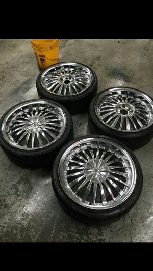 "(4)18""Chrome rims on new tires for Sale in The Bronx, NY"