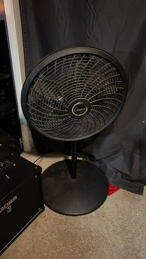 Adjustable height fan for Sale in Upland, CA