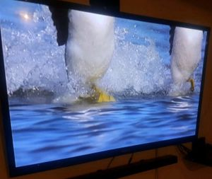 TV Samsung 60 inch with remot 2 HDMI 1USB for Sale in Houston, TX