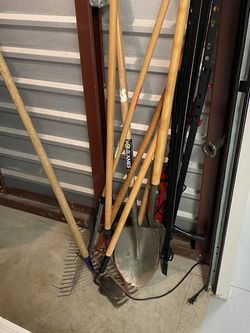 Rakes and shovels $5 Each for Sale in Philadelphia,  PA