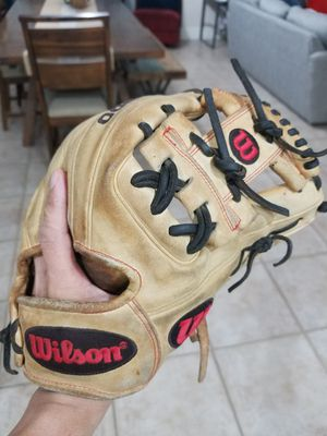 Wilson A2000 Glove for Sale in Las Vegas, NV
