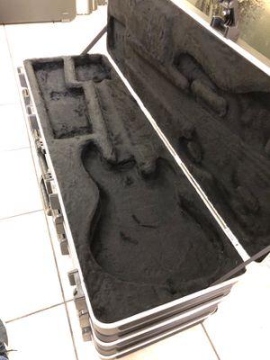 Fender BASS Guitar Hard Travel Case for Sale in Miami, FL