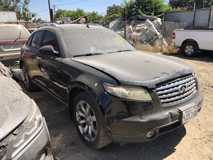 2005 Infiniti FX 35 for parts only. (Bad Tranny) for Sale in Modesto, CA
